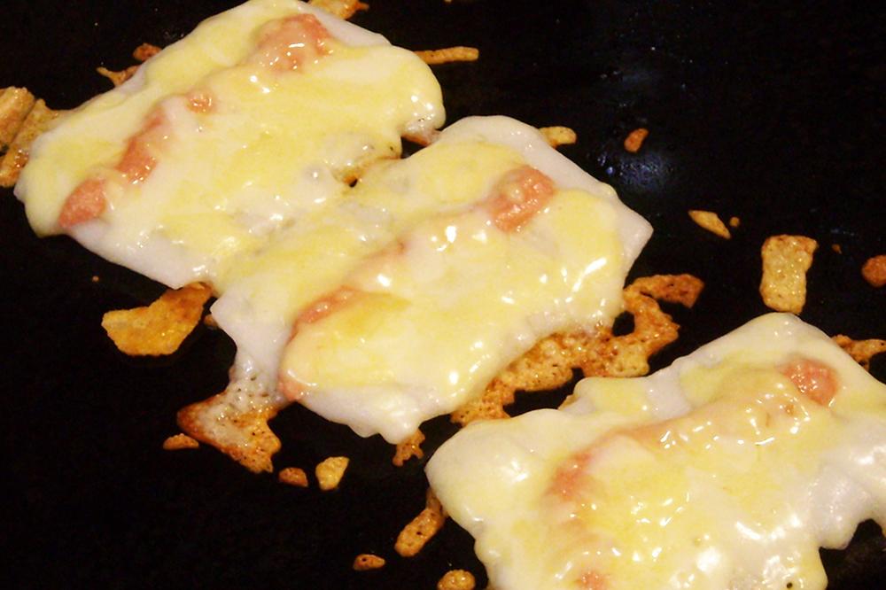 とり~りチーズのもちめんたい01